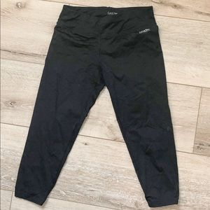 Calvin Klein Active Wear Capri Leggings